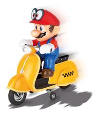 Super Mario flitzt am Mario Day bei Carrera RC