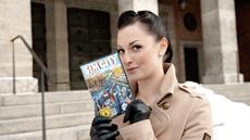 Moderatorin und Auto-Profi Lina Van de Mars zeigt ihre Heimatstadt München