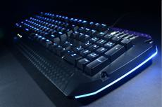TESORO liefert weltweit erstes voll beleuchtbares, mechanisches Gaming-Keyboard aus